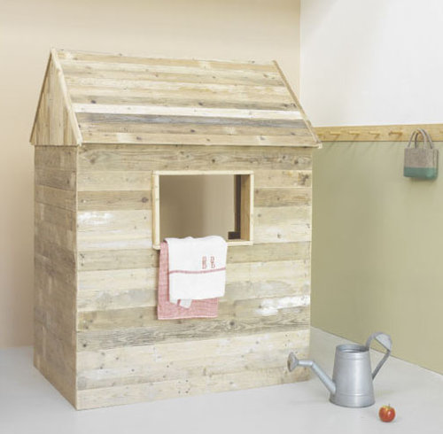 the sweetest children playhouse created by the Dutch company faMUNKA